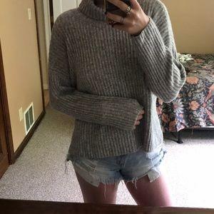 H&M Thick Grey Turtleneck Sweater
